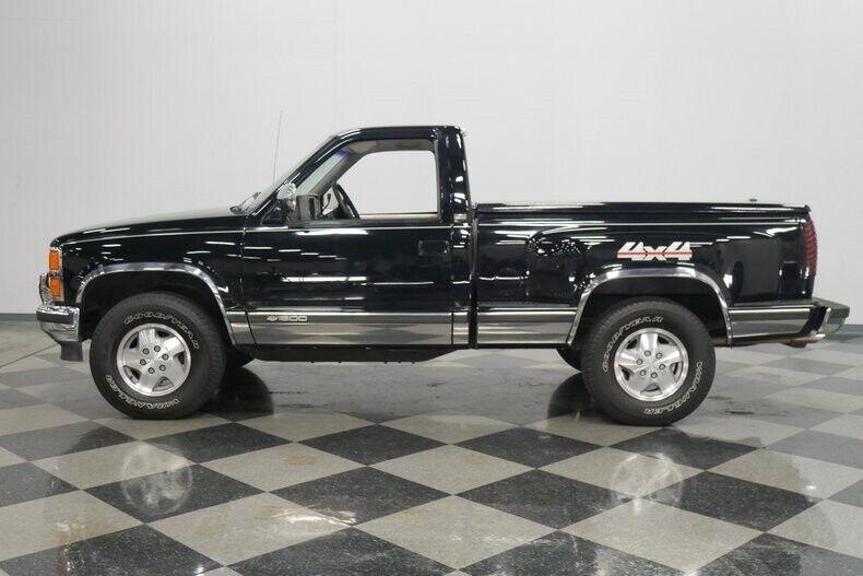 Image 8 Voiture Américaine d'occasion C-K Pickup 1500 1993