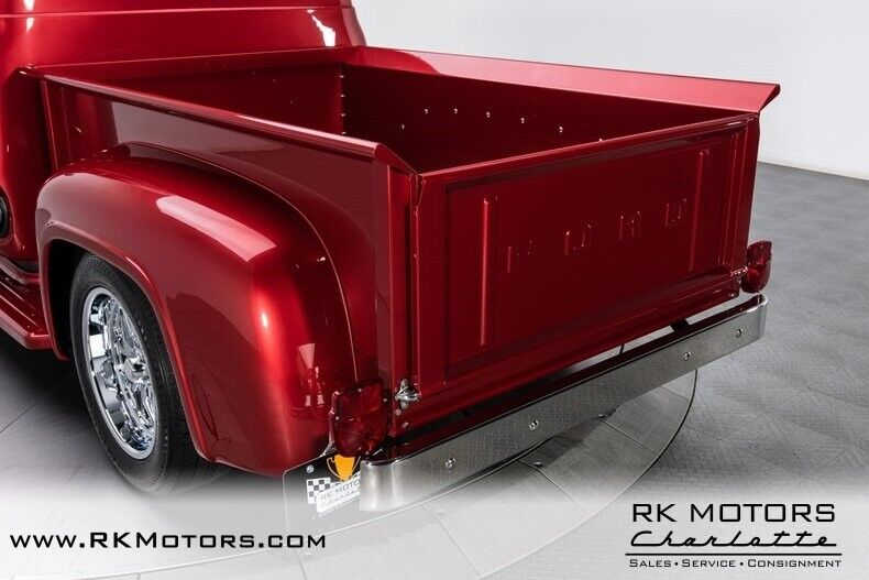 Image 23 Voiture American classic Ford F-100 1953