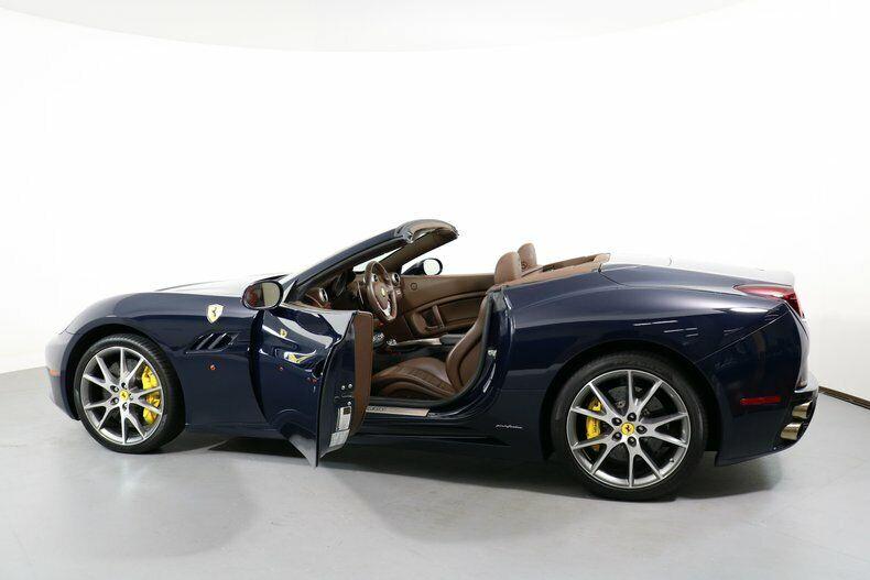 Image 13 Voiture American used Ferrari California 2011