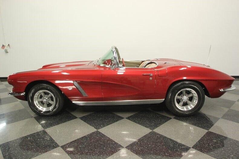 1962 Burgundy Chevrolet Corvette Convertible  | C1 Corvette Photo 8