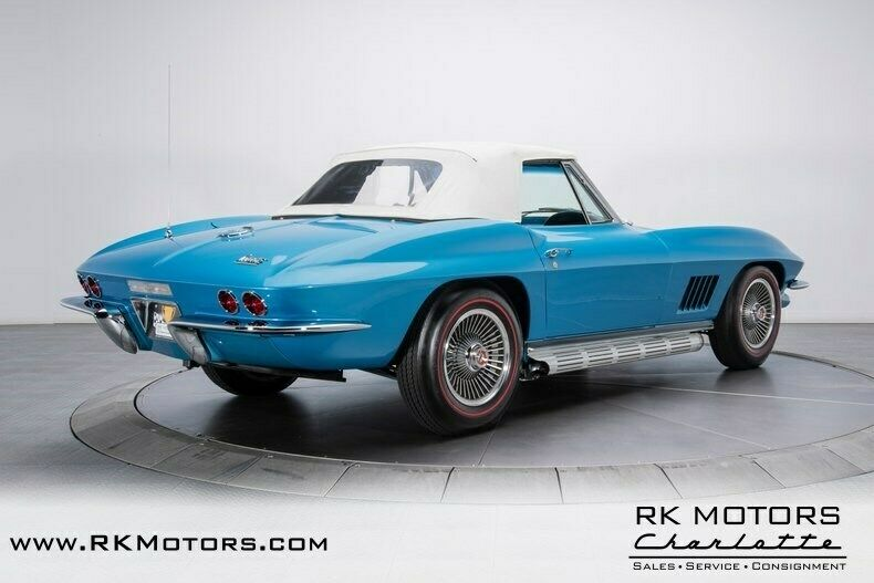 1967 Blue Chevrolet Corvette   | C2 Corvette Photo 9