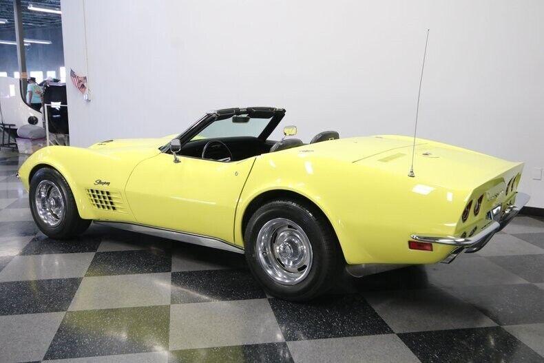 1970 Yellow Chevrolet Corvette Convertible  | C3 Corvette Photo 9