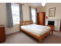 Double room in Croydon, spacious, available now, close to town centre
