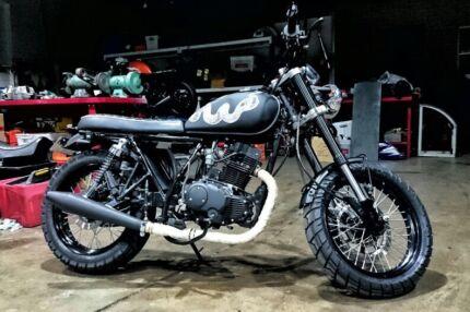 Learner legal scrambler. Modified Sol Invictus Mercury 250cc