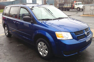 Must See: 2010 Dodge Caravan SE / Clean / $9665 I pay Tax!