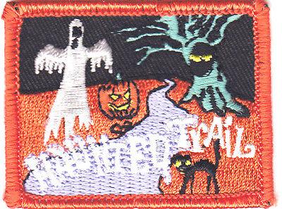 On Patch Autumn, Halloween Ghosts Goblins Bats Pumpkins (Haunted Trails Halloween)
