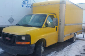 2005 GMC cup van (cap and chassis) 172000km well maintained