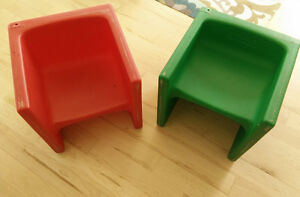 2 cube-style kids chairs $ 4 ea