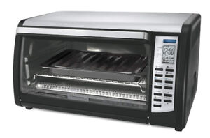 Black & Decker Counter Top Convection & Pizza Oven - $15