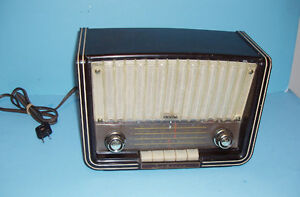 RARE ANCIEN RADIO SABA SABINE, GERMANY 1958, BAKELITE