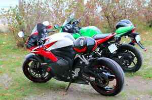 Selling Mint Honda CBR600RR, Low km, Red/White/Black