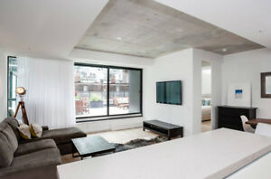 Downtown Living!! 1-3 BR Avail in King West / Liberty Village!!