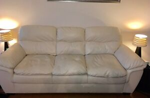 Beautiful ivory couch 200$ obo