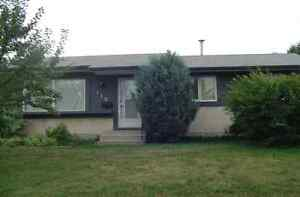Wetaskiwin Bungalow - FOR SALE BY OWNER