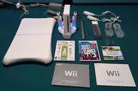 Wii avec planche Wii Fit + jeux