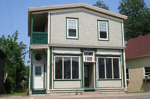 Commercial/Residential Waterfront Property in Mahone Bay