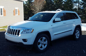 2011 Jeep Grand Cherokee cuir toit panoramique VUS