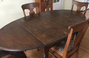 Oval Dining Table - Antique