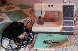 Kenmore 100 stitch LE M385 sewing machine - working condition
