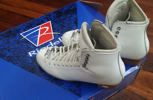 Professional figure skate, Riedell Motion, size 4
