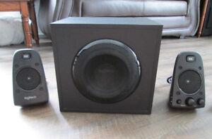 Système de haut-parleurs d'ordinateur 2.1 canaux Z623 Logitech