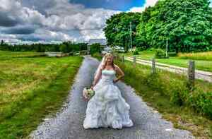 Weddings starting at $600 - 2017 dates still available.   Peterborough Peterborough Area image 2