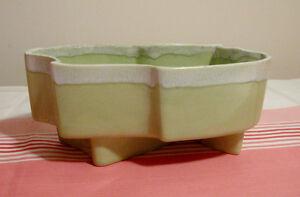 Planter vintage en poterie vert pâle USA