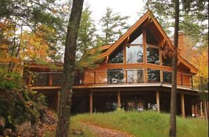 Gore, Lac/Lake Williams: Manifique Chalet/ Beautiful Cottage