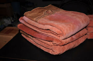 Luxurious Towel Set Kitchener / Waterloo Kitchener Area image 3