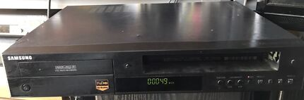 Samsung VCR DVD Combo Player VHS Video Cassette Recorder