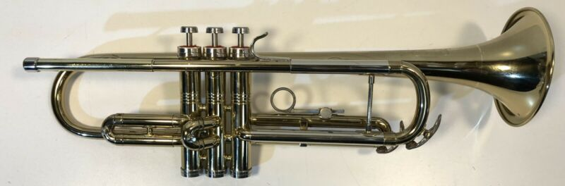 Conn Director Coprian Bell Cornet Sn. K60111 with Case
