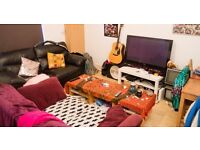 SAMARA - 2 BED - LS6 - £82 PPPW - STUDENT OR PROFESSIONAL - AVAILABLE 1st JULY