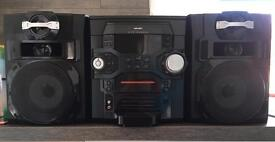 5 CD changer Stereo with iPod/iPhone dock