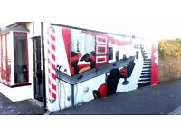Bespoke graffiti -Mural artist with over 20 years of experience. Get in touch now!