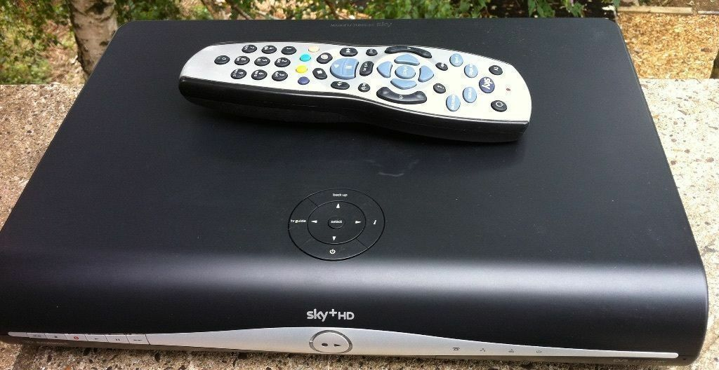 SKYPlus HD Slimline WIFI BOX Amstrad DRX890 3D READY 500GB Satellite receiver with remotein Kennington, LondonGumtree - SKY Plus HD Slimline BOX Amstrad DRX890 3D READY 500GB Satellite receiver with remote Sky plus HD slimline model DRX890 500gb Hard drive (250gb of personal space for your recordings) WIFI 3D ready!!! sky anytime when connected to the internet!!! Full...