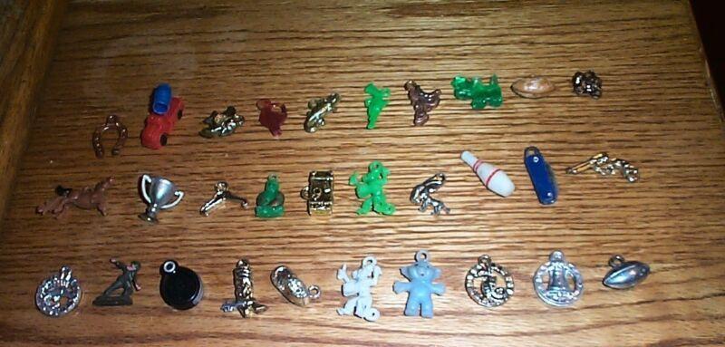 vintage lot small plastic toys vending machine charms  #c
