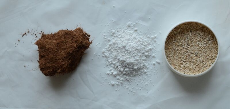 From left to right: coconut coir chunk, perlite, coarse sand (coral sand in this photo)