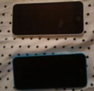 Iphone 5C Perfect conditions  16gig/Bell/Virgin
