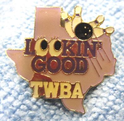 "TEXAS ""TWBA LOOKIN' GOOD"" METAL/ENAMEL LAPEL/HAT PUSH-BACK BOWLING PIN LT PURPLE"