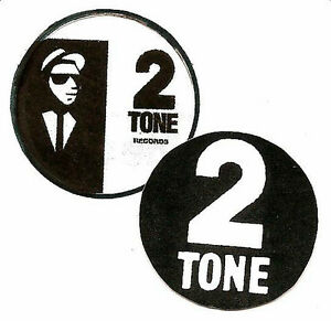 2-2-TONE-BADGES-Two-Tone-Mod-Ska-Specials