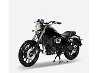 Daelim 250 Daystar 2015 (BLK) only 600 miles on the clock