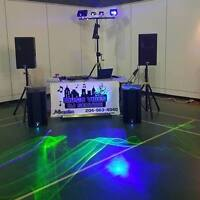 MUSIC VIBE DJ SERVICE (LIGHTSHOW & CORDLESS MIC INCLUDED)