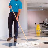 Employé d'entretien ménager d'immeubles commerciaux