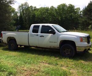 2008 GMC 2500 Heavy Duty Pickup Truck with  Plow