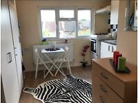 For rent studio flat in Willesden with all the bills included