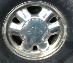 "16"" GMC Aluminum Rims with Centre Cap"