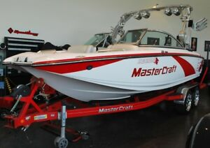 2013 Mastercraft X25 with 284 hours loaded..