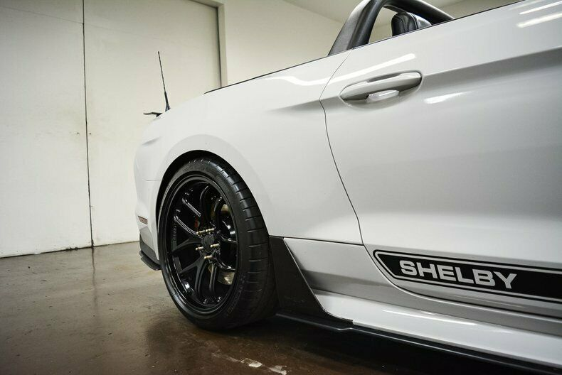 Image 15 Voiture Américaine d'occasion Ford Mustang 2017