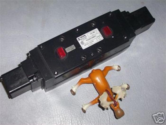 Parker Pneumatic Valve 4520AHXXABBB53 H32VXRBHO23C