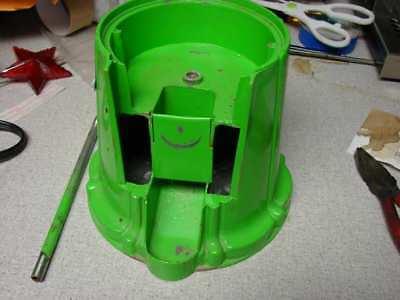 "Carousel King 15"" Gumball Machine Base body, upper rod cylinder, Green"